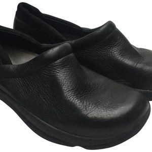 Dansko Black Unisex Mules/Clogs Size 41